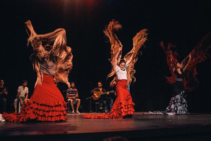 Flamenco Danza Gala - Alegrias con manton - Teatro Quintero