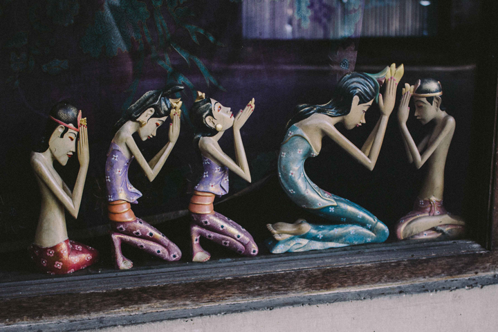 Balinese statuettes, Bali