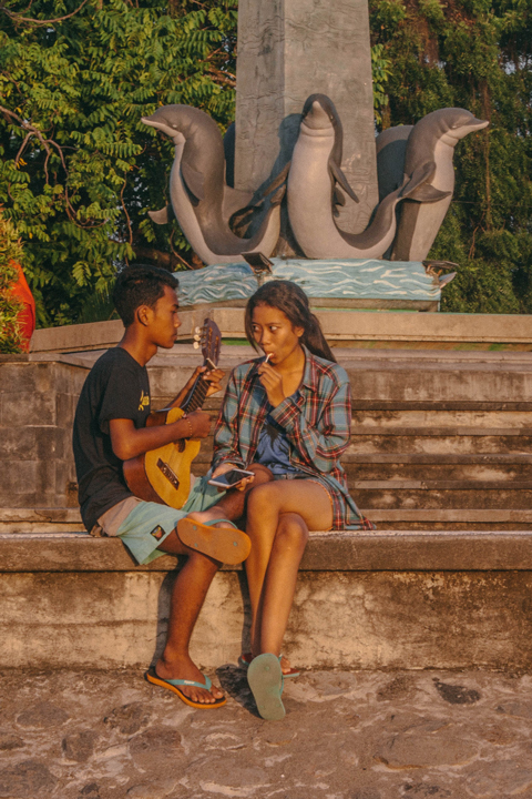 Seducing act, Bali